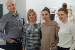 Od lewej: koszulove.com w składzie Maciej Czekałowski, Daria Czekałowska, po prawej projektantki Anna Michalik i Aleksandra Bloch